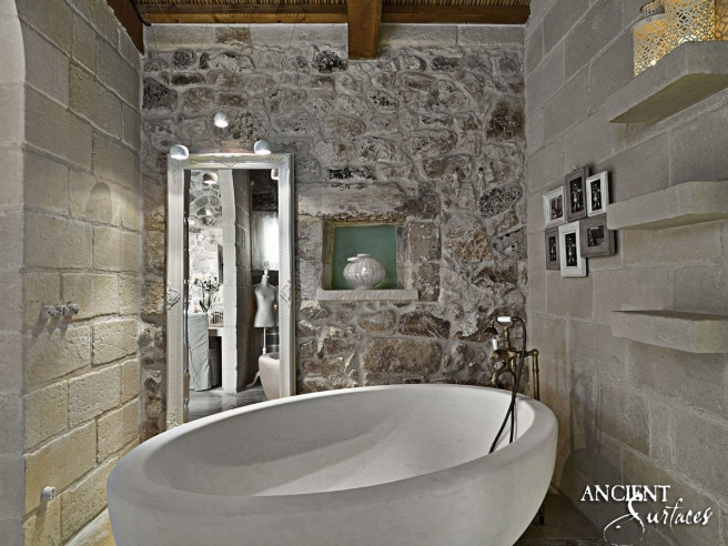 stone-bath-antique-bathroom-design-relais-masseria-capasa-hoteljpgbca